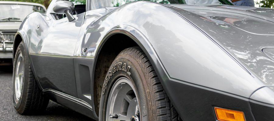 Corvette Stingray - Front Side